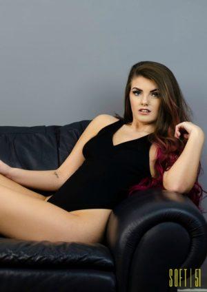 Soft Magazine - July 2019 - Carlotta Champagne 5